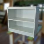 シンプルなオープン棚
