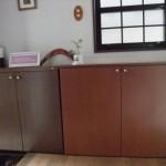 既存の家具にぴったり合わせた下足棚